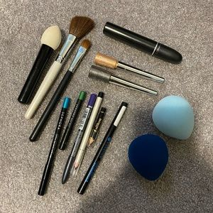 Lot of 14 makeup products